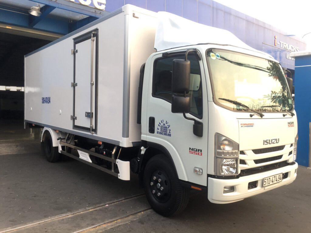 giá xe tải isuzu 2020- đóng thùng xe tải isuzu 2020