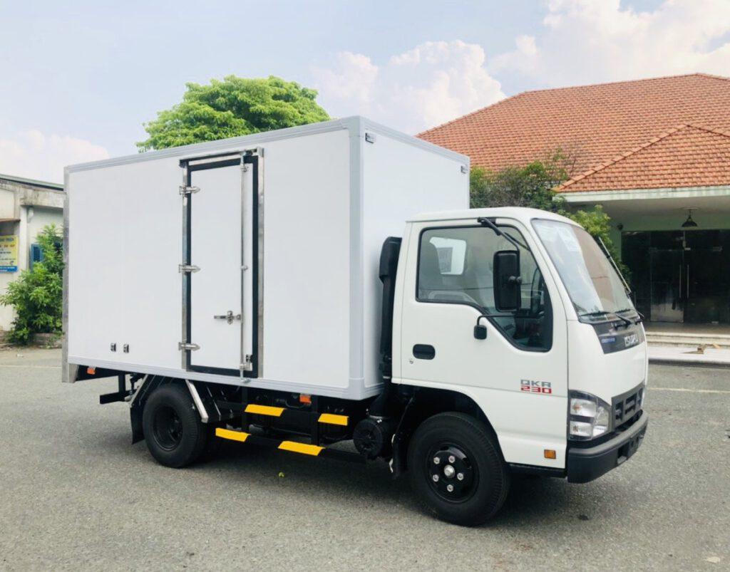 xe tải isuzu bến tre, xe tải isuzu miền tây, xe tải isuzu nhẹ, xe tải isuzu nặng, mua xe tải isuzu trả góp